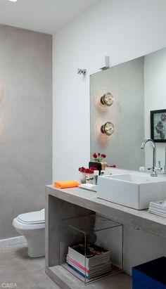 Um visual uniforme e sem excessos – essa foi a proposta seguida pelo designer de interiores Francisco Cálio na reforma do lavabo. Daí o pred...