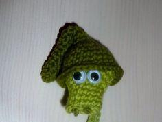by Caloweena: Sir Väs-mönster Textiles, Crochet Toys, Bookmarks, Crochet Projects, Beanie, Design Inspiration, Knitting, Diy, Crocheting