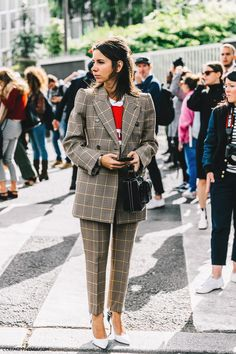 pfw-paris_fashion_week_ss17-street_style-outfits-collage_vintage-valentino-balenciaga-celine-9