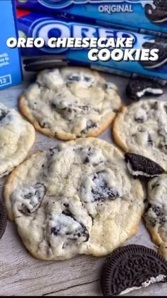5 Ingredient Oreo Cheesecake Cookies. Perfect dessert recipe by @fitwaffle #dessert #oreo #kidfriendlyrecipes Oreo Cookie Recipes, Oreo Cheesecake Cookies, Oreo Cheesecake Recipes, Oreo Dessert Recipes, Oreo Cookies, Kreative Desserts, Comida Diy, Easy Baking Recipes, Food Cravings