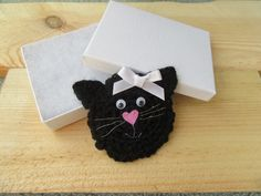 Cat brooch, cat lovers gift £7.50 Lovers Gift, Cat Lover Gifts, Cat Lovers, White Ribbon, Ribbon Bows, Black Felt, Paper Cover, Gift Guide, Unique Gifts