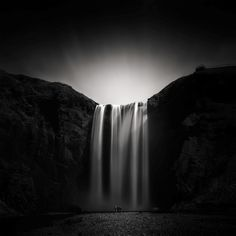 andy lee iceland 6 Breathtaking Black And White Photos Of Icelandic Landscapes