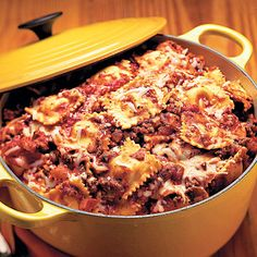 One-Pot Pasta     Store-bought pasta sauce and refrigerated ravioli make One-Pot Pasta a speedy supper solution. Plenty of fresh veggies and                                         garlic are mixed in to give it that homemade taste.