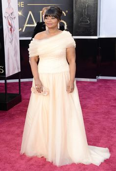"Octavia Spencer in Tadashi Shoji - Oscars 2013 - Funky Fashions - Funk Gumbo Radio: http://www.live365.com/stations/sirhobson and ""Like"" us at: https://www.facebook.com/FUNKGUMBORADIO"