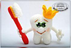 Вязаный зубик - подарок стоматологу - Игрушки ручной работы