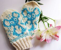 Stricken namihiiri's mittens pattern by Milla H, Fingerless Mittens, Knit Mittens, Knitted Gloves, Knitting Socks, Knitting For Kids, Baby Knitting Patterns, Knitting Projects, Wrist Warmers, Hand Warmers