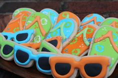 Summer fun - flip flop and sunglasses cookies!