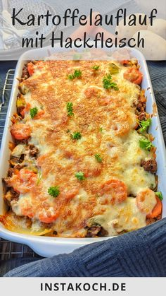 Potato bake with minced meat and leek - easy and tasty cooking at home for the whole family - Potato casserole with mince and leek is one of these great simple dishes that are guaranteed to be - Lunch Recipes, Healthy Dinner Recipes, Crockpot Recipes, Cooking Recipes, Meal Recipes, Kids Meals, Easy Meals, Carne Picada, Oven Dishes