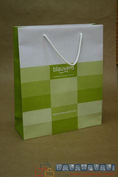Bolsa de lujo con cartón y cordón