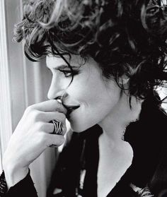 Fanny Ardant I enjoy listening to her speak. Beautiful People, Beautiful Women, Star Actress, Isabelle Huppert, French Beauty, French Actress, French Chic, Vintage Beauty, Actors & Actresses