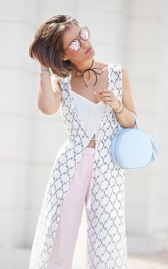 pastel colors outfit | summer outfit ideas | street style | ellena galant girl