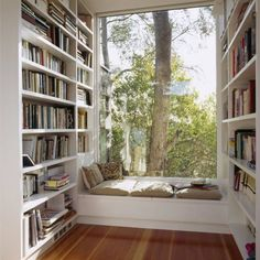 Window & shelves home library rooms, library books, dream library, cozy home library Cozy Home Library, Home Library Rooms, Home Library Design, House Design, Library Ideas, Dream Library, Mini Library, Vintage Library, Small Home Libraries