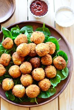 Cheesy Fried Spinach & Artichoke Dip Bites | Just Putzing Around the Kitchen