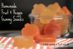 Homemade Fruit and Veggie Gummy Snacks Ingredients  Fresh carrot, apple, orange juice Fresh lemon, apple, pineapple juice 1/4 cup grass-fed ...