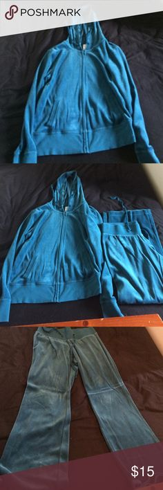 ❌❌❌SALE❌❌❌Blue Old Navy Velour set Blue Velour set from Old Navy Old Navy Jackets & Coats