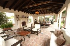 Spanish Style Homes Decor Ideas Spanish Style Homes Decor Ideas. When you want to decorate your home in a Spanish style, you will have a lot of fun. The Spanish style is very interesting with vibra… Floor Design, Patio Design, House Design, Lanai Design, Oven Design, Backyard Designs, Chair Design, Spanish Style Homes, Spanish House