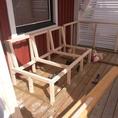Deck Seating, Corner Seating, Built In Seating, Outdoor Seating, Outdoor Furniture Plans, Outside Furniture, Diy Garden Furniture, Deck Storage Bench, Banquette Seating Restaurant