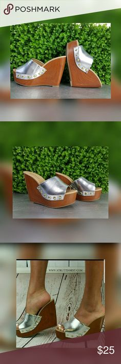 Silver Clogs Model is a true size 8 pictured in a size 9 Runs 1 size small.   MUST ORDER 1 FULL SIZE LARGER SO THEY FIT Slip into these metaillc mules.  Pair with wide leg pants for a 70s vibe ootd.  Brand: Mark & Maddux Zara Shoes Mules & Clogs