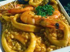 Arroz caldoso con calamares cocina tradicional