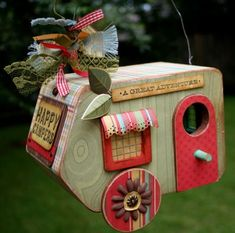 Bird Camper! Bird House Ideas http://socialaffiliate.wix.com/bird-houses http://buildbirdhouses.blogspot.ca/