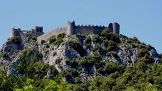 Castle of Puilaurens - Pays Cathare Castle with imposing walls, Puilaurens, as a lord, looks towards the Pic du Canigou and overlooks the centuries.