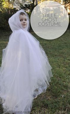 Hottest Images DIY Tulle Ghost Costume - In The Next 30 Days Popular This DIY Tulle Ghost costume floats and will make a big impact this Halloween. Toddler Ghost Costume, Ghost Halloween Costume, Ghost Costumes, Diy Halloween Costumes For Kids, Toddler Halloween, Family Halloween, Holidays Halloween, Diy Costumes, Halloween Party