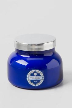 Capri Blue Volcano candle. Can purchase at Francessca's, most boutiques, anthropolgie