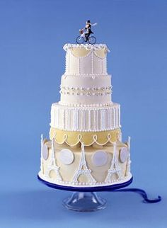Okay, so I have no idea how many years of practice it would take me to make this, but I love it! Paris Wedding Cake!