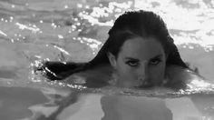 Lana Del Rey gif