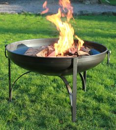 Steel fire pit in black finish