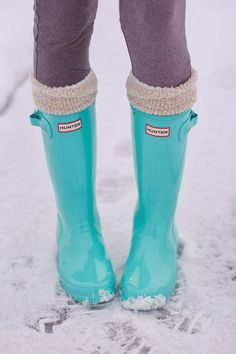Pretty teal Hunter boots. On my Xmas list
