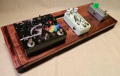The Hot Box 2.0 Rough Rider Special Large - Black Cherry Stain by KYHB – Kentucky Hot Brown Pedalboards & Wood Products