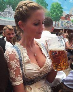 Oktoberfest Outfit, Oktoberfest Beer, German Girls, German Women, Octoberfest Girls, Beer Maid, Beer Girl, Dirndl Dress, Beer Festival