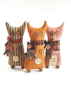 Cat Shelf Sitters Halloween Cat Primitive by thecattsuglybabies,