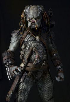 Predators - 1/4 Scale Big Red & Elder Action Figures by NECA | NECAOnline.com