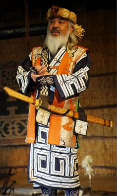 一番の日本人!【Ainu Tribe: Japanese Race】ainu man