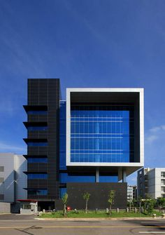 Huga Fab III and Headquarters Building,© Chun Chieh Liu