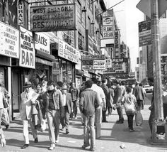 16 Photos Of Times Square In The 1970s: Gothamist