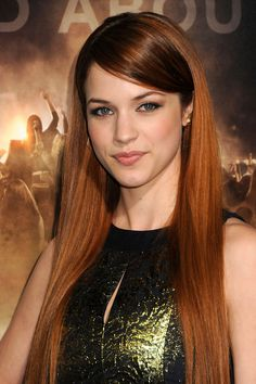 Alexis Knapp - what shes a red head, im in love