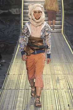 John Galliano - Menswear - Spring-summer 2010 - Flip-Zone