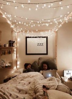 room ideas for small rooms \ room ideas ; room ideas for small rooms ; room ideas for men ; Room Ideas Bedroom, Small Room Bedroom, Teen Bedroom, Teenage Bedrooms, Bedroom Furniture, Bedroom Themes, Bed Room, Bedroom Inspo, Diy Bedroom