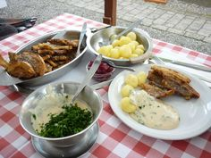 A typical Danish meal of stegt flæsk med persillesovs