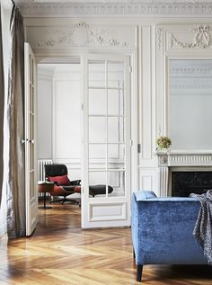 Can you spot the famous chair? | A+B Kasha, Luxury Apartment Renovations & Paris Real Estate (75007) | 05/01/2016