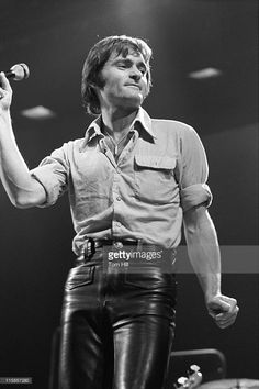Marty Balin of Jefferson Starship, performing at the Omni. Mickey Thomas, Marty Balin, Jefferson Starship, Jefferson Airplane, Grace Slick, Leather Jeans, Great Bands, Summer Of Love, Celebrity Gossip