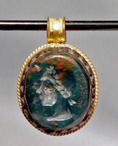 Ancient Roman Gold Pendant w/ Stone Intaglio