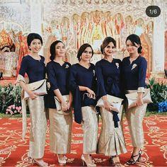 Kebaya Hijab, Batik Kebaya, Kebaya Dress, Kebaya Muslim, Batik Dress, Indonesian Kebaya, Indonesian Wedding, Model Rok, Model Kebaya Modern