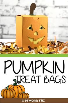 It's a Group of Spooky Halloween Treat Bags Fun Halloween Crafts, Halloween Treat Bags, Halloween Projects, Spooky Halloween, Fun Crafts, Halloween Party, Paper Crafts, Craft Projects For Kids, Party Guests