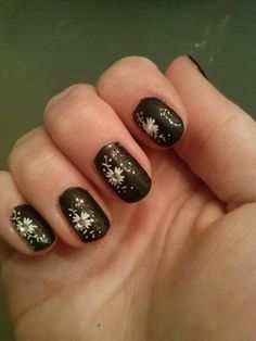 Steentjes op je nagels :: Nail art Lisanne