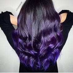 PURPS >>>>>>>>>>> Base: Goldwell All over: Joico Intensity Purple/indigo/Black Pearl Custom mixed Hair Styles 2016, Short Hair Styles, Indigo Hair, Purple Hair Highlights, Pulp Riot Hair Color, Hair Color And Cut, Long Wavy Hair, Hair Painting, Wig Hairstyles