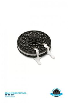 A fantastic #ad action to get to introduce Oreo #brand in Ireland - to mimic Irish landmarks with cookies!
